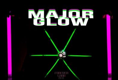 foreverland-2-major-glow-vanrett_42904151291_o